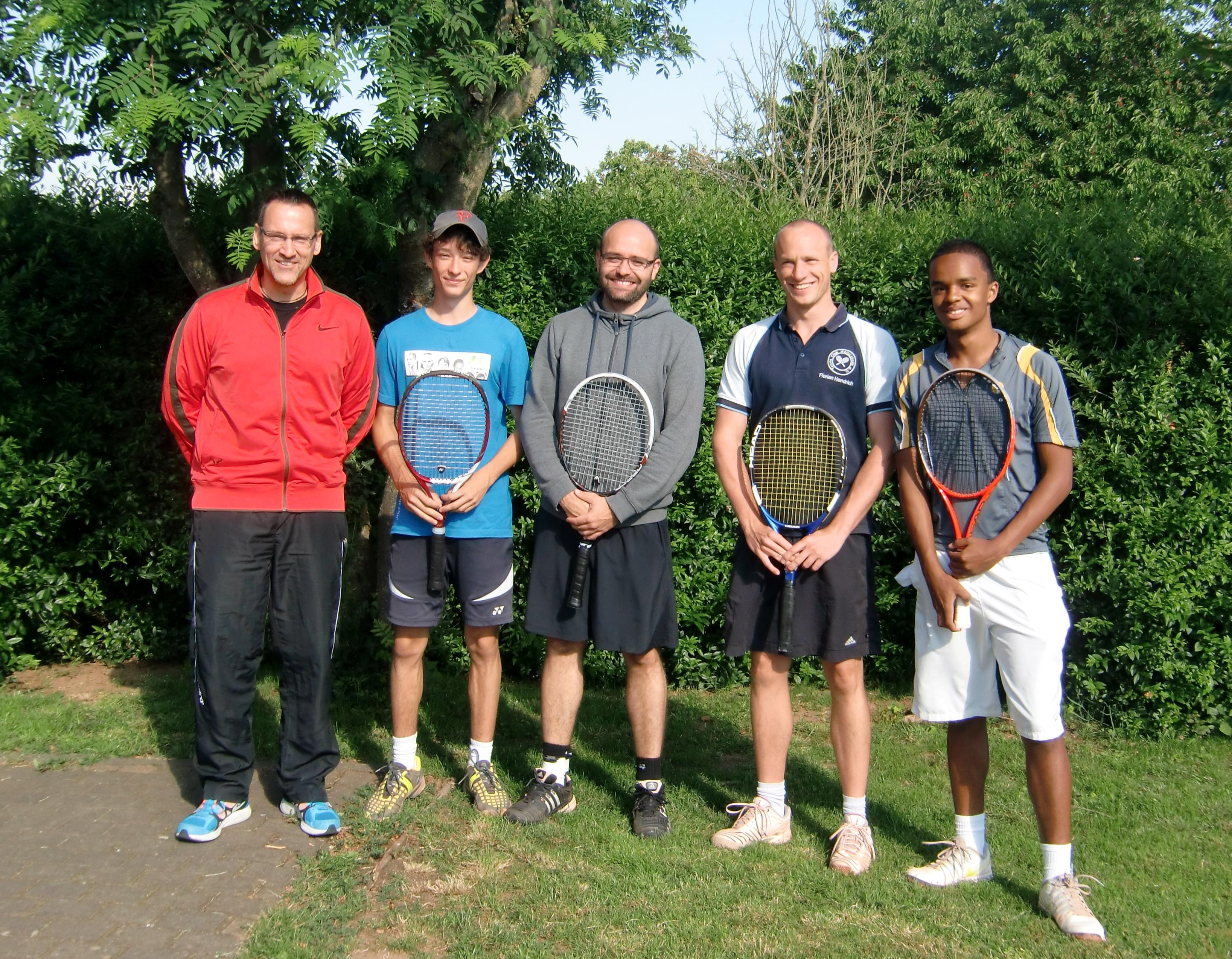 Das Bild zeigt die erfolgreiche Mannschaft: Von links: C. Brandt, F. König, D. Rosenberg, F. Hondrich, C. Ouba (es fehlt: T. Brandt)