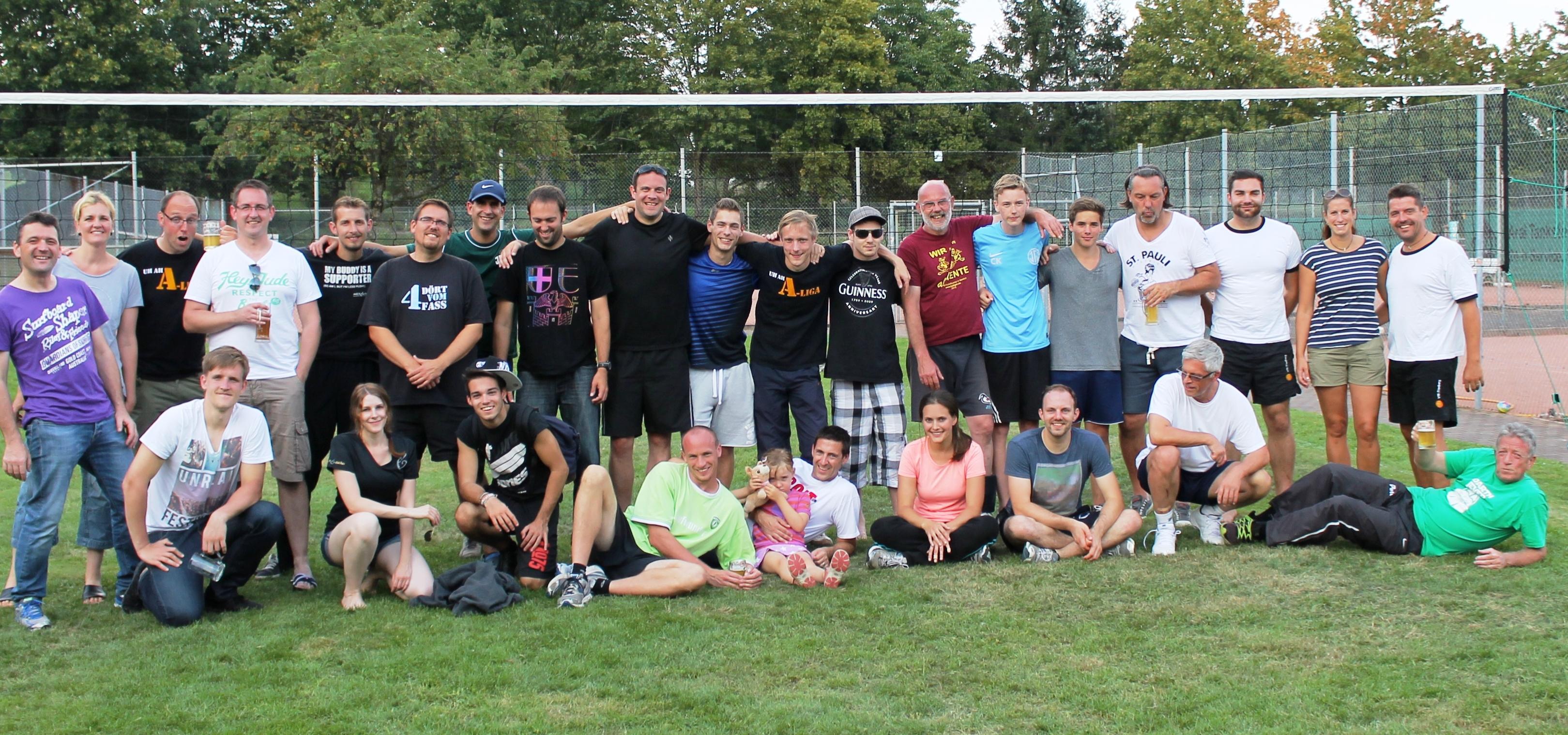 Teilnehmer des diesjährigen Volleyballturniers