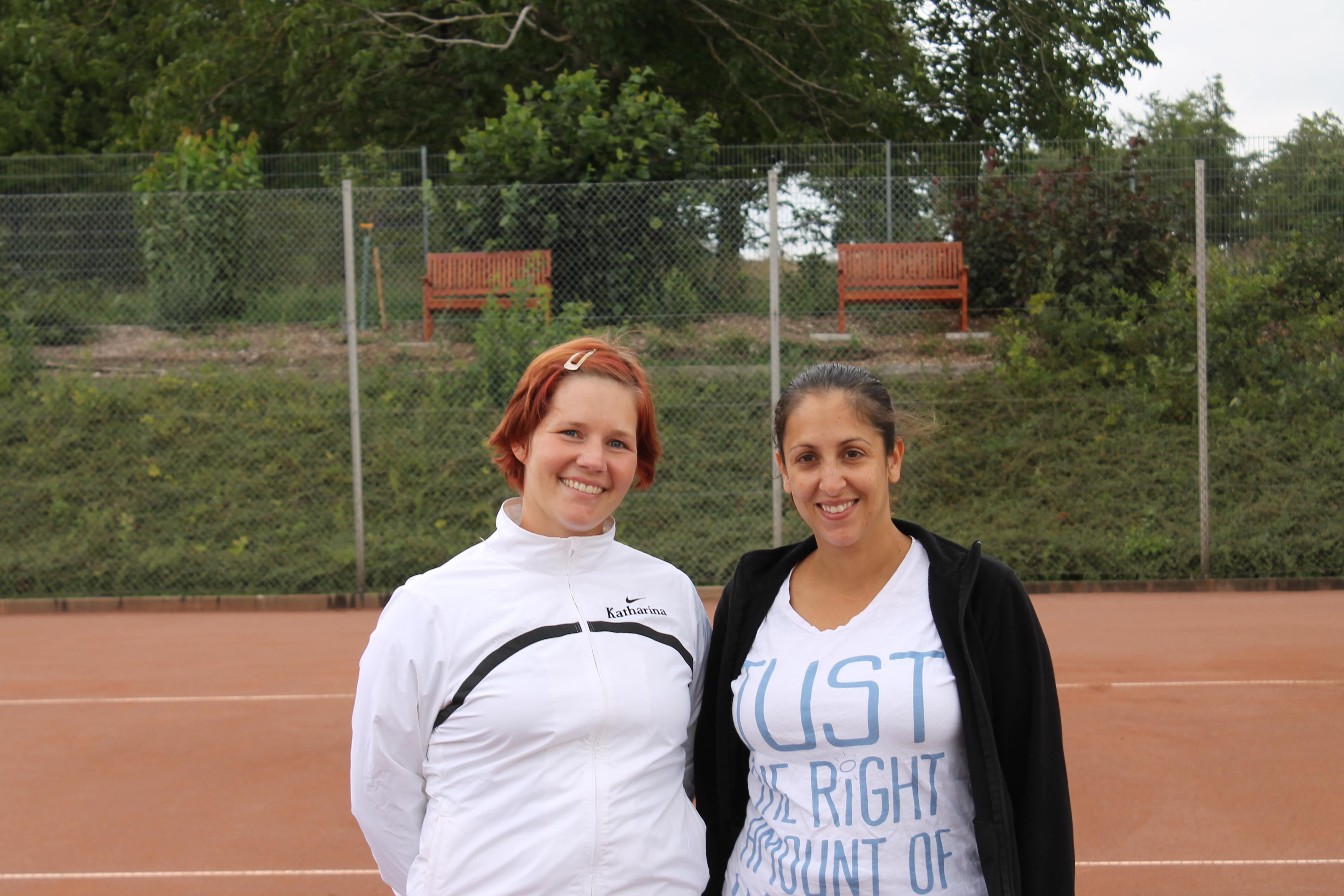 Zwei Freitagsmädels vor ihrem Match: Katharina Rüd (links) und Christina Josten (rechts)