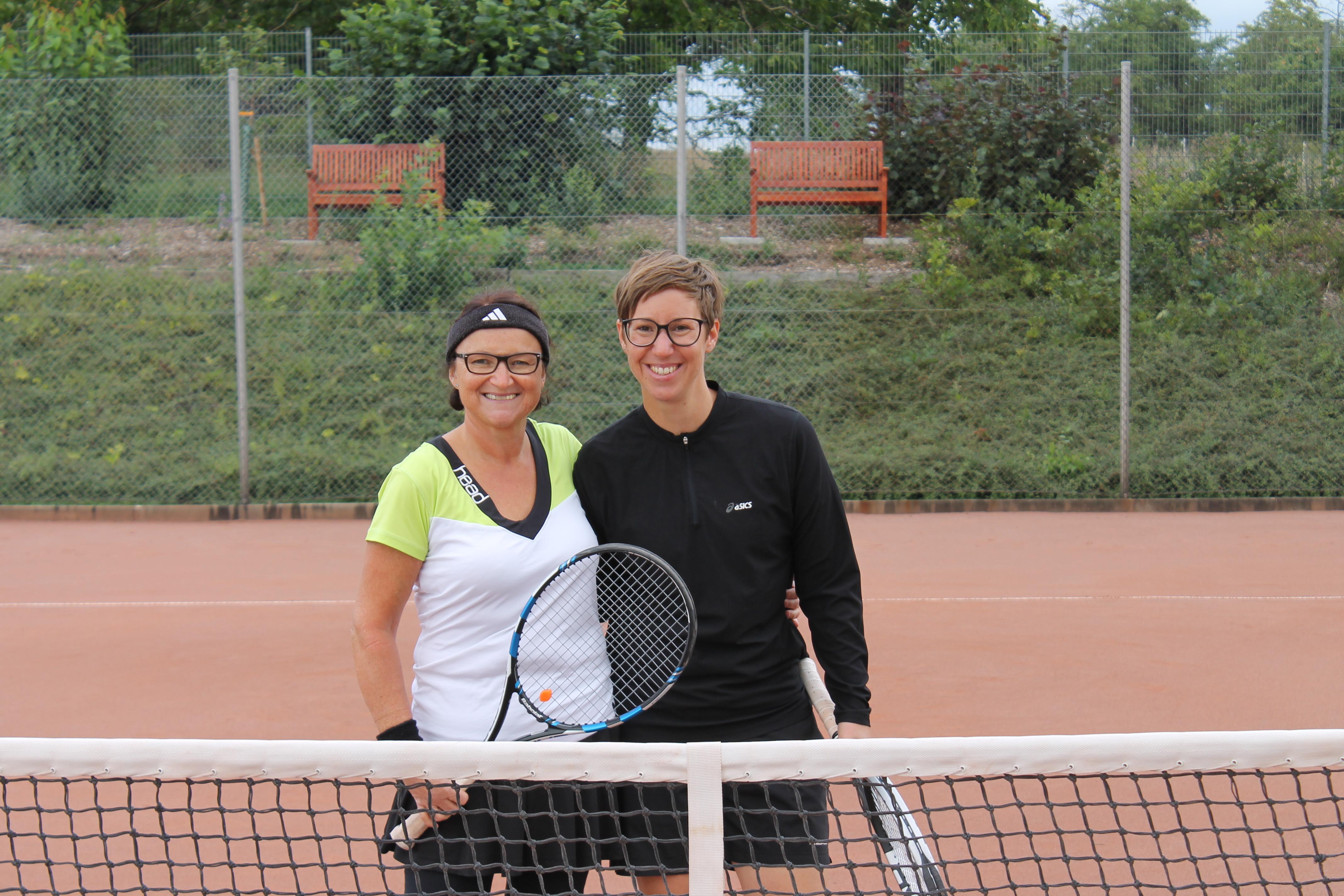 Clubmeisterin und Vize-Clubmeisterin. Diana Jakob (links) und Andrea Kurreck (rechts)