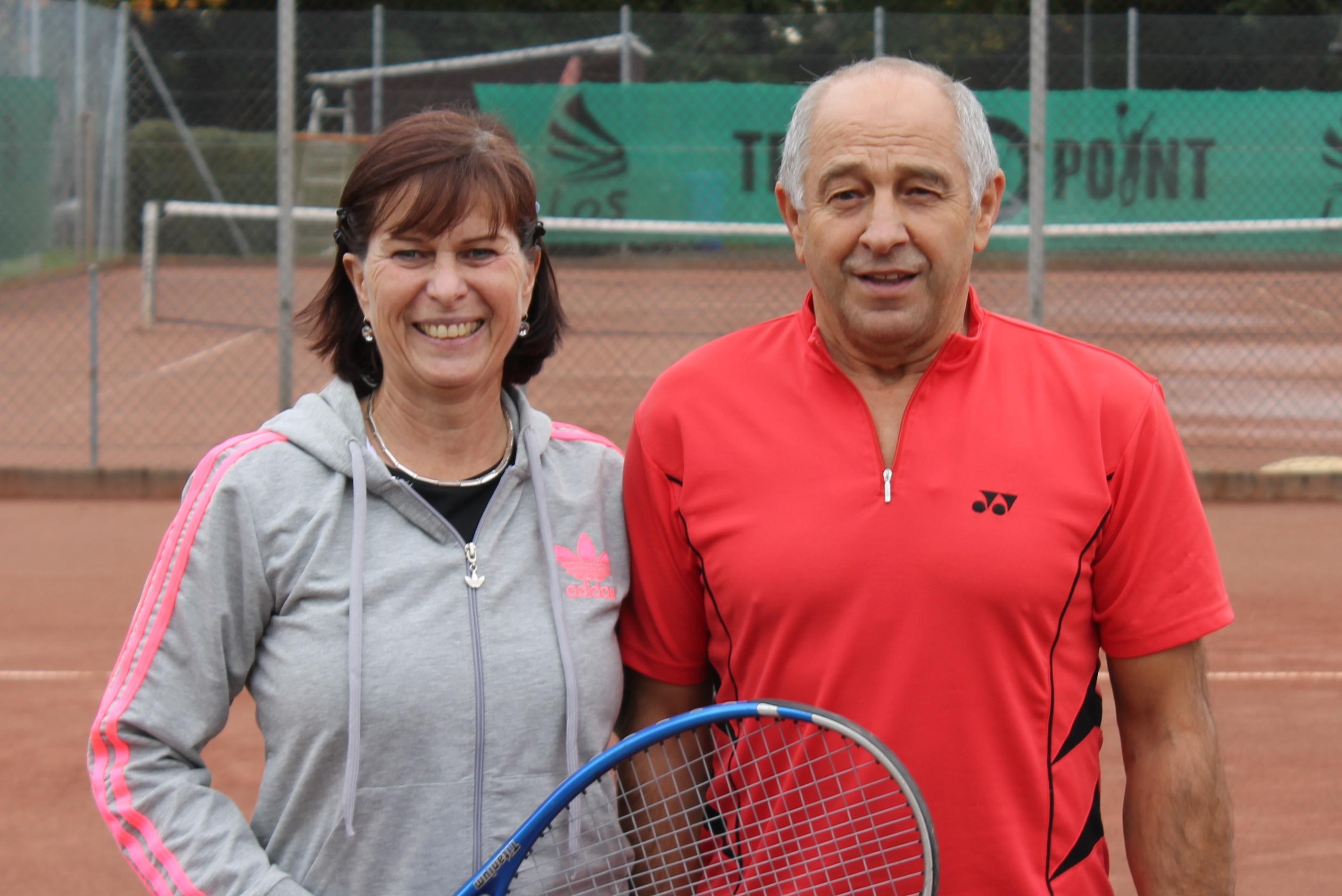 Brachten die späteren Clubmeister den Rande einer Niederlage: Petra und Lothar Zon